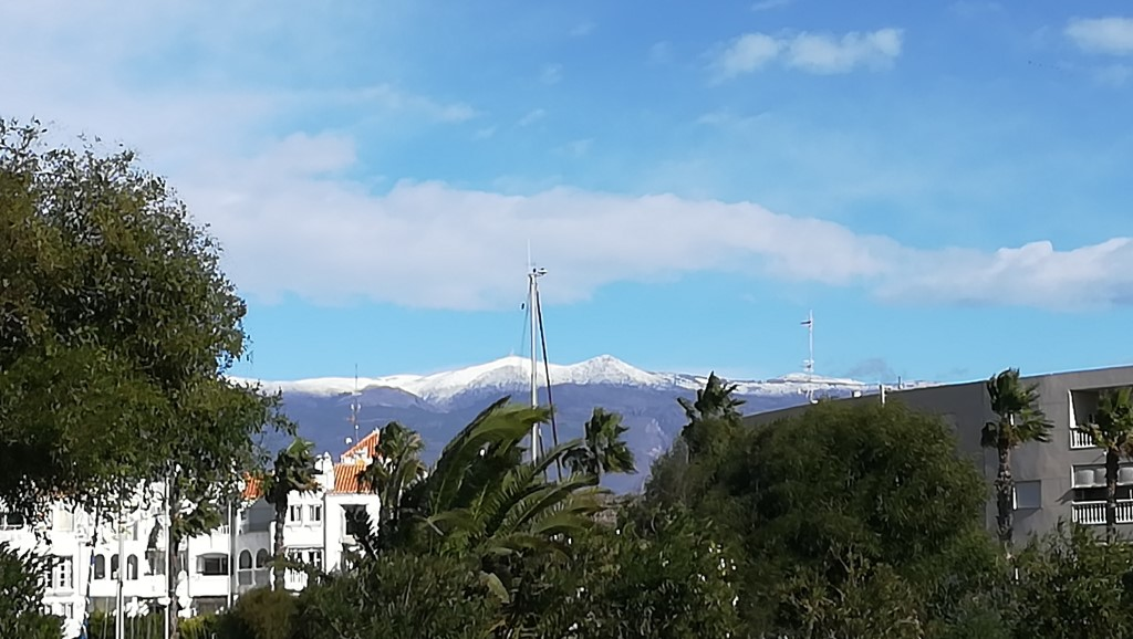 Snow behind El Ejido - 31Oct18